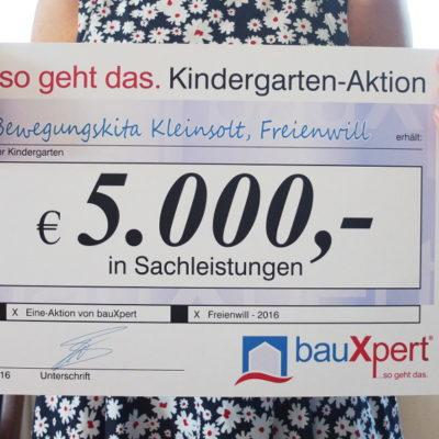 Gewinnerscheck über 5000,- €