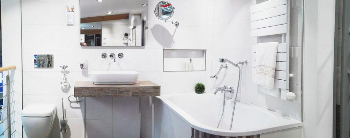 Unsere Badausstellung - Fliesen & Sanitär (Klick für Vergrößerung)