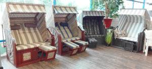 Diverse Strandkörbe noch als Einzelstücke im Angebot