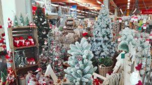 Weihnachtliche Dekorationen von klein bis groß